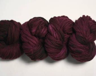 Hand Spun Merino Thick and Thin Yarn Bulky Wool Slub  Hand Dyed tts(tm) Black Rose 000x_2