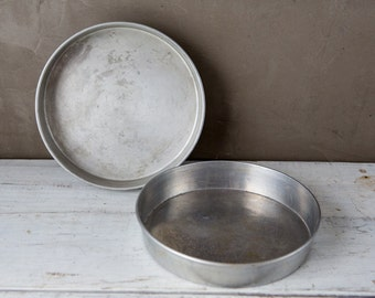 "Set of 2 vintage 7.5"" Cake Pans-Food Photography Prop"
