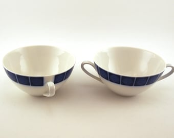 Retro Cups, small soup bowls, set of 2. Hutschenreuther, Bavaria Germany, double handle, Coballt / royal blue pattern.