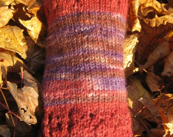 Feederbrook Farm Autumn Berries Cowl