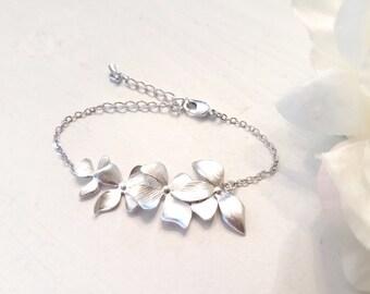 Bridesmaid Gift , Wild Orchid Flower Bracelet , Orchid Earrings, Flower earrings, Wedding, Mother, Sister, Wife, wedding Gift
