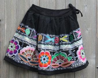 """Vintage Perivian Pollera - womens ethnic skirt - 30"""" waist"""