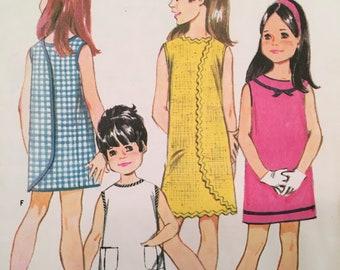 Vintage Girl's Sewing Pattern - 1960s Wrap Dress - size 4