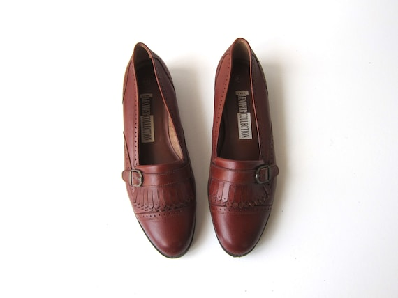 80s Brown Leather Loafers Fringed Deck Shoes Vintage 90s Slip On Moccasins Buckle Preppy Flats Womens Size 8 8.5