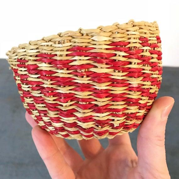 mini Bolga style basket - woven sisal basket - red beige - boho home storage