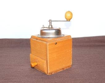 Coffee grinder Vintage coffee grinder Vintage coffee mill Wooden coffee mill Vintage coffee grider Wooden kitchen decor Mechanical grinder
