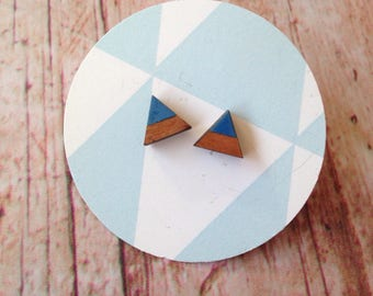 Cherry wood triangle earrings - dipdye blue