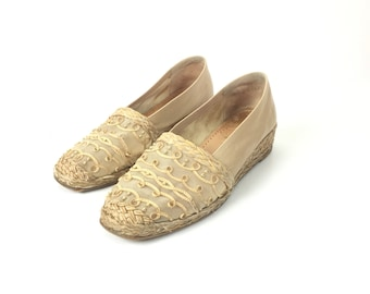 7 espadrille Stuart weitzman leather flat size 7 nude designer beige womens tan slip on closed toe boho bohemian wedge low heel
