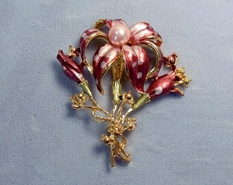 Tiger Lily Bouquet Vintage Brooch ~ Nosegay Bouquet Pin ~ Mother's Day Bouquet ~ Rose and Pink Enamel with Pink Pearl - Pin from the 1980's