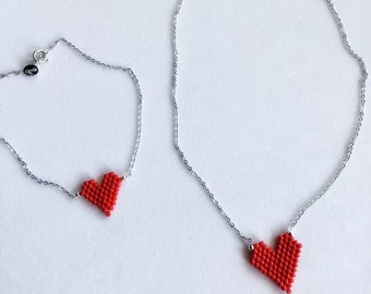 Mother's day, Gift for mom, Delicate seed bead red heart bracelet, mini heart, love charm, minimal design, Made in Greece, gifts for her
