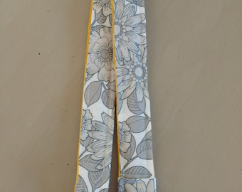Flower Lanyard with Swivel Clasp/ID Badge Holder/Name Tag