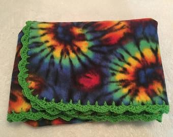 Projection polaire avec Crochet Trim, Tye Dye jet, polaire couverture, couverture de garniture au Crochet vert polaire Lap Robe