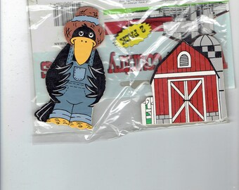 wooden country magnets  crow and barn  from loomco 1996