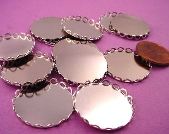 Silver tone Round Lace Edge Bezel Cups 22mm