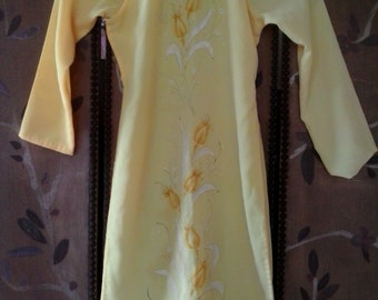 Childs yellow Asian style dress