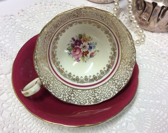 Aynsley Tea Cup and Saucer C535 Burgundy Gold Chintz Scrolls