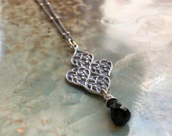 Silver pendant, lace necklace, onyx pendant, filigree necklace, dramatic large pendant, gypsy necklace, statement necklace - Supreme N2079