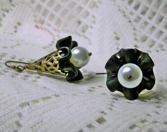 Black & White Flower Earrings, Ruffle Drop Earrings White Pearl flower Earrings Fairy Bell Earrings, Botanical Woodland Winter Flower