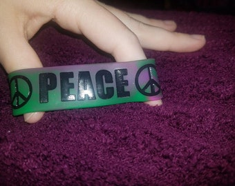 Peace Bracelet by Band 2gether