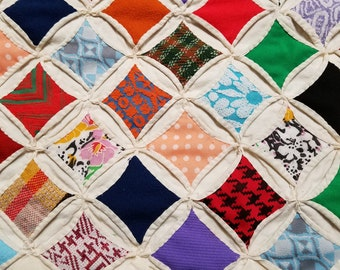 Vintage 1950's CATHEDRAL WINDOW QUILT Handmade Blanket 83 x 69 inches
