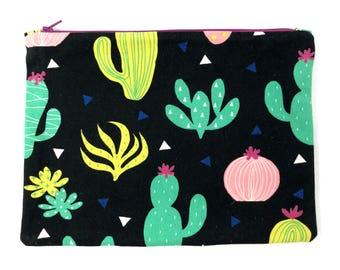 Canvas Cactus Zipper Pouch, Cosmetic Case, Travel Bag, Pencil Case, Makeup Bag, Vacation Bag, Organizer, Purse Insert, Large Zipper Pouch