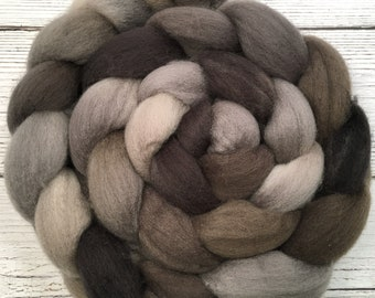 Handpainted BFL Wool Roving - 4 oz. RIVER STONE - Spinning Fiber