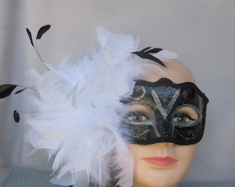 White Feathers with Black Coque Feathered Masquerade Half Mask