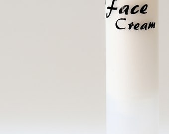 Face Cream decal for a 50 ml airless pump bottle