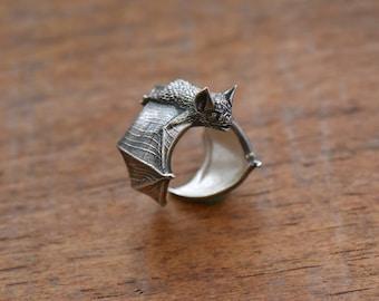 Bat Ring Silver Classic Bat Ring Bat Flight Bat Jewelry Silver Bat Wing Jewelry Halloween Ring Halloween Jewelry Vampire Adjustable ring