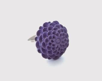 Purple Chrysanthemum Adjustable Ring - Mum - Eggplant and Silver Tone Flower Ring