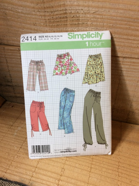 Simplicity 2414 from 2010 uncut, misses skirt and pants in two lengths, easy to sew, sew your own skirt and pants