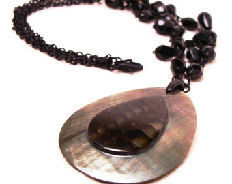Genuine Mother-of-Pearl Teardrop Necklace with Matte Chains