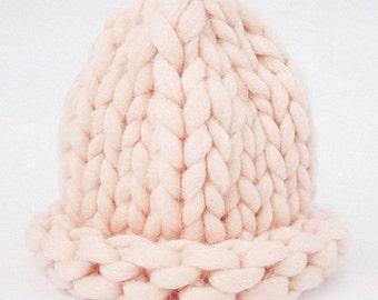 Chunky Helsinki Hat By Super Bulky Yarn, Super Chunky Yarn hat, Super chunky Beanie, Hand Knitted Hat, Virgin Wool 100%