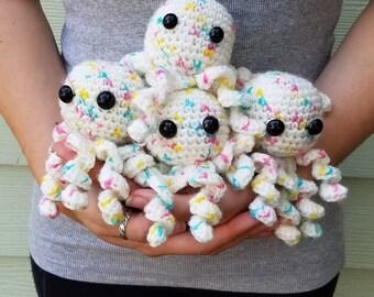 White Speckled Octopus Amigurumi