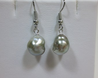 Grey Silver Kidney Shaped Tahitian Pearl Dangling Earrings [item 502]