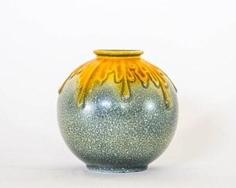 Mosa vase - art deco Dutch porcelain