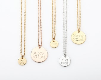 Personalized Roman Numeral Disc Necklaces, Bridesmaid Gift, Dainty Disc Charm Necklaces, Round Pendant Necklace, Gift for every day budget