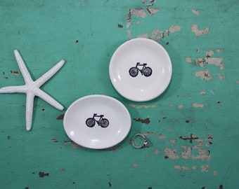 Small Oval Dish with Black Bicycle, Ring Dish with Bike Design, Engagement Ring Dish with Bicycle, Trinket Dish with Bicycle