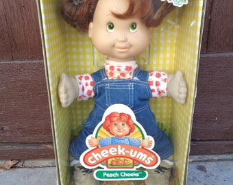 vintage, Cheek-Ums, peach cheeks doll, mint in box
