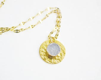 Druzy Necklace, Gold Necklace, Circle Necklace, Crystal Necklace, Everyday necklace, Dainty Gold Necklace, Dainty Jewelry, Simple Necklace