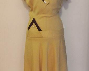 1940s yellow mustard linen day dress with detailing