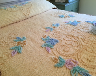 Vintage Chenille Bedspread - Bright Golden Yellow - Full or Queen Coverlet - Blanket