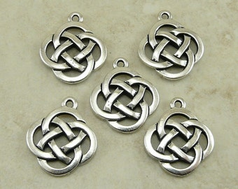 5 TierraCast Open Round Celtic Knot Pendant Charm > Irish St Patrick's Day - Lead Free Silver Plated Pewter - I ship internationally 7505