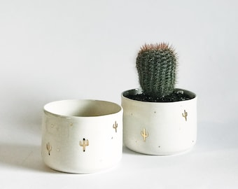 Porcelain bowl with gold luster cactus decorations!