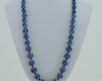 """Vintage Chinese knotted porcelain graduated bead necklace 26"""" filigree clasp"""