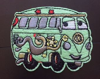 """Groovy Hippy Green Wagon Iron on Embroidered patch (L=3.0"""" W=2.5"""")"""