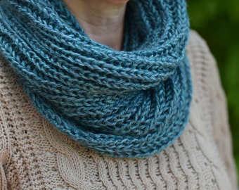 Cowl - Snood - Infinity scarf - Women cowl - Knit cowl - Knit snood - Knit scarf - Circle scarf - Neck warmer