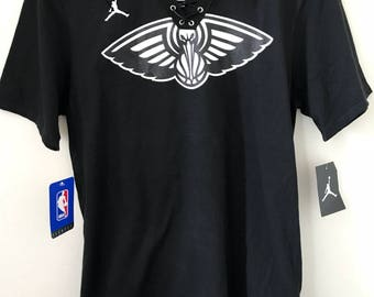 Anthony Davis New Orleans Pelicans NBA Lace-Up Tee