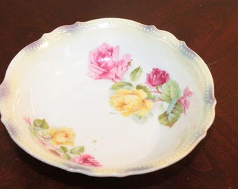 Small Bowl with Pink and Yellow Roses – Scalloped Edge with Beading – PK Silesia
