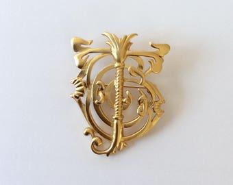 Vintage Brooch / Vintage Pin / Thistle Brooch / Celtic Brooch / Goldtone Brooch / Costume Pin / Designer Brooch / Large Brooch / Large Pin